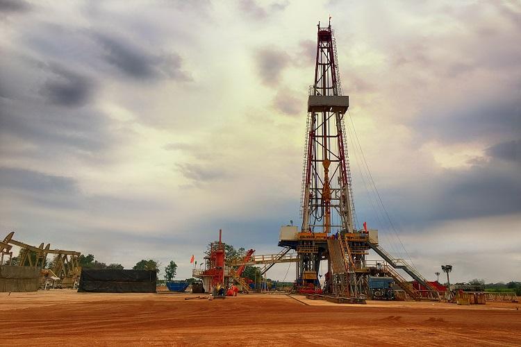 Vedanta finds oil in KG Basin
