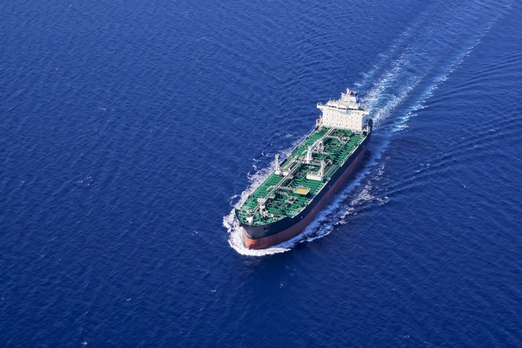 Iranian oil imports to India down by 57% in April