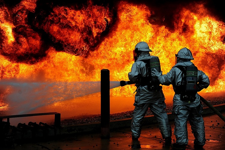 Explosion in ruptured pipeline in Mexico