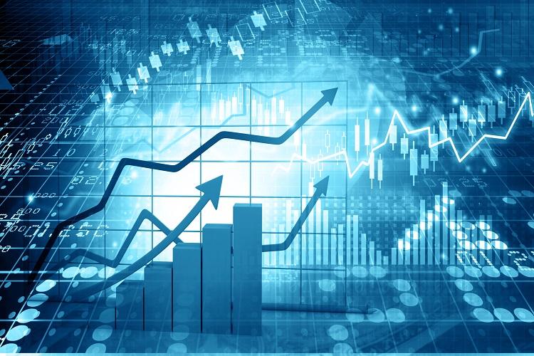 Oil prices climb back