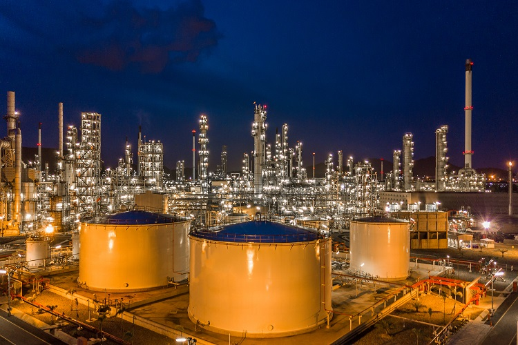 Iran looking forward to investment in Indian refinery
