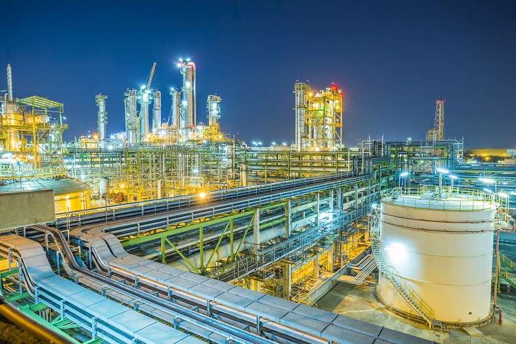 Croatia's INA puts off production at its largest refinery