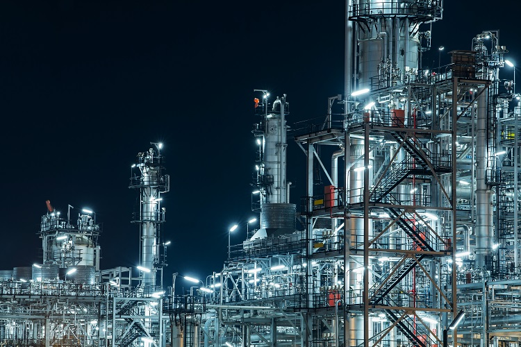 Shell begins production at new petrochemicals unit