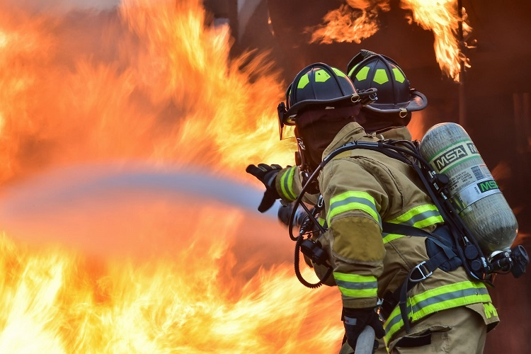 Philadelphia refinery fire contained, burning persists