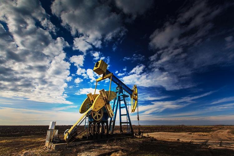 Oil companies hunker down for Alberto