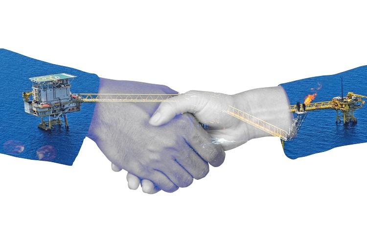 Santos buys Quadrant Energy
